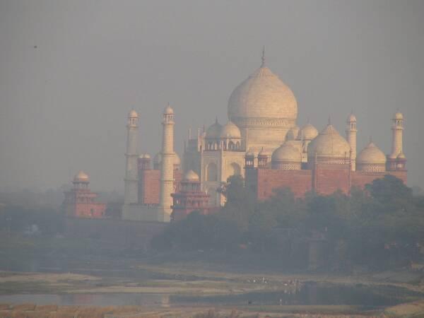 Can Solar Energy Save India S Taj Mahal