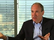 "Tim Berners-Lee Warns ""Tide of Surveillance and Censorship"" threatens Democracy"