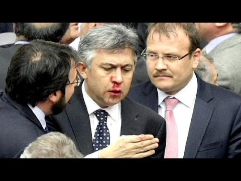 Fisticuffs in Parliament as Turkish Gov't undermines Independence of Judges