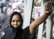 Junta arrests Thai Protesters using 'Hunger Games' 3-finger Salute at Mockingjay Premiere
