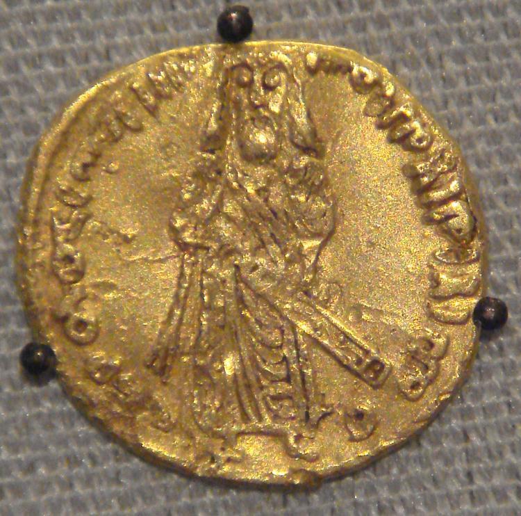 Umayyad_calif_Sassanian_prototype_695_CE