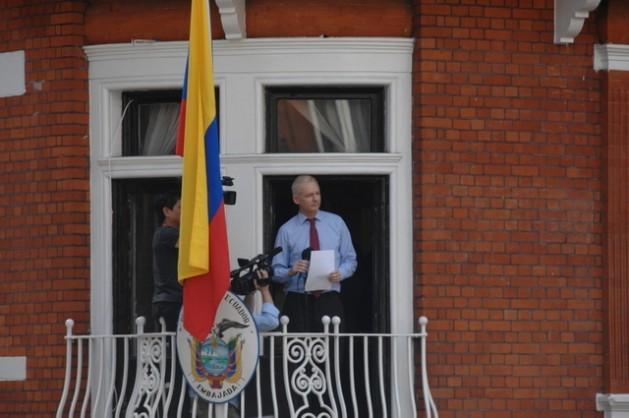 Assange-629x418
