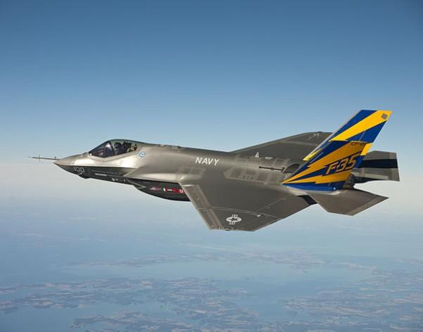 611px-CF-1_flight_test-601x472