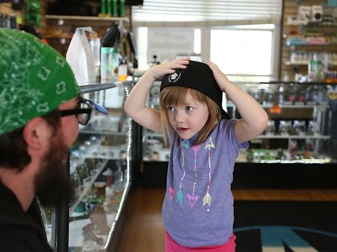 Epileptic Girl moved to Denver for Medical Pot, Dramatically Improves