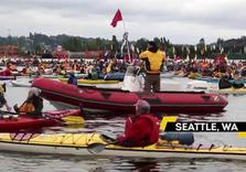 Seattle Activists, Native Americans Kayak to Protest Shell Arctic Drilling