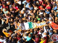 West Bank:  Clashes as thousands march in slain Palestinian's funeral