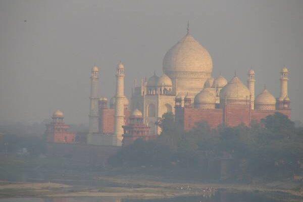 Can Solar Energy save India's Taj Mahal?