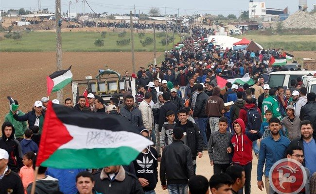 Israeli Snipers Murder 17, wound dozens of Trapped Refugee Protesters at Gaza Border