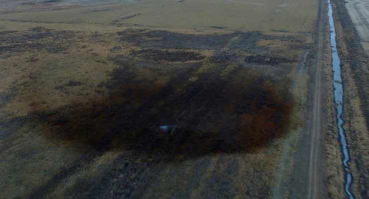 Why Electric Cars are Better:  Massive Keystone Pipeline Oil Leak Twice as bad as Thought