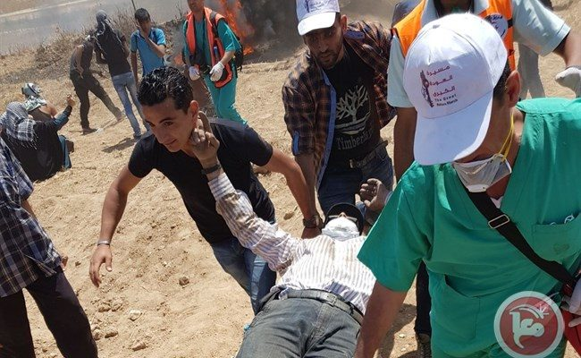 Amid Gaza Health Crisis, Israeli Army Shoots Medical Workers in Demonstrations