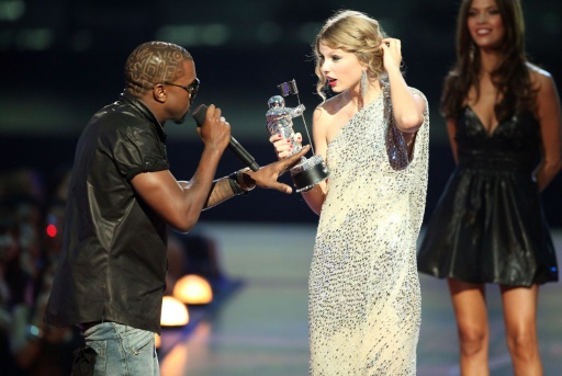 Taylor Swift to GOP & Kanye: I'ma Let you Finish but First I'm Registering 65K New Dem Voters