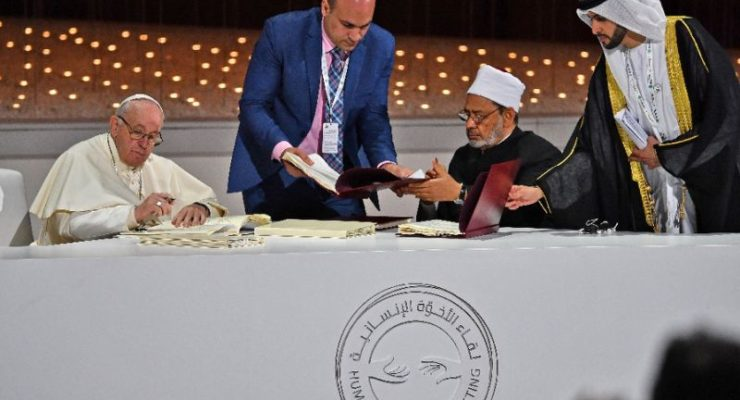 Pope Francis, Muslim Rector of al-Azhar, Call for Religious Freedom & Full Citizenship